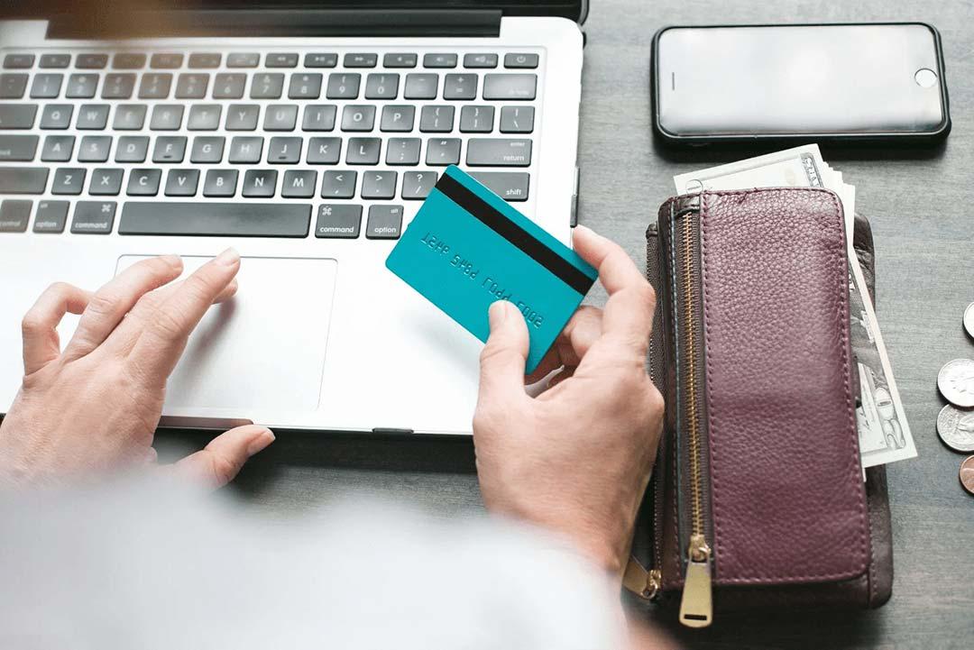 Carte affaires : quelles obligations fiscales pour l'entreprise ?